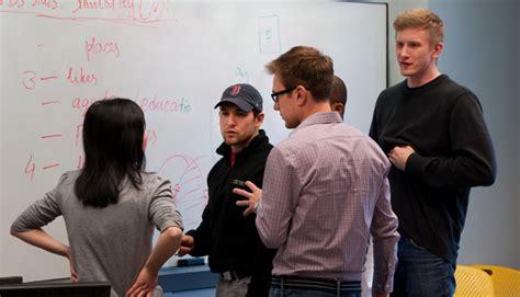 Brandeis Part Time Mba by Student Entrepreneurs Innovate At 3 Day Startup Brandeisnow