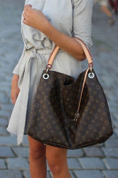 Arsy Bag Brown louis vuitton artsy gm brown totes by lindabrenco