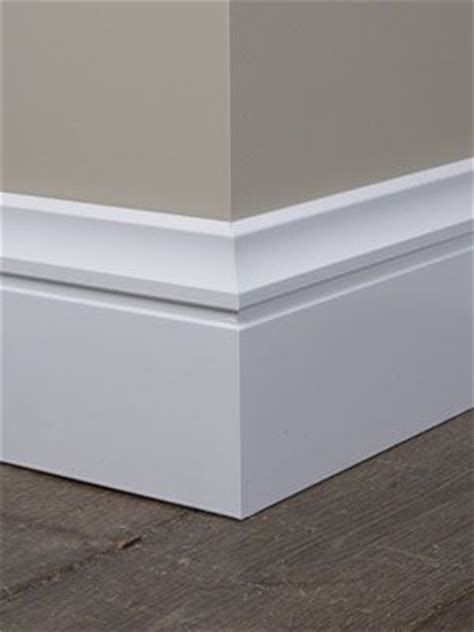 Modern Baseboard Molding Ideas by Best 20 Baseboards Ideas On Pinterest