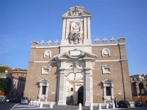 porta pia roma file castro pretorio porta pia facciata interna