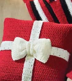 present crochet pillow crochet