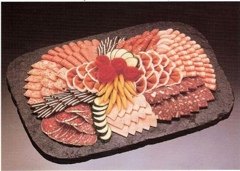 Wurstplatte Anrichten by Kalte Platten Buffet