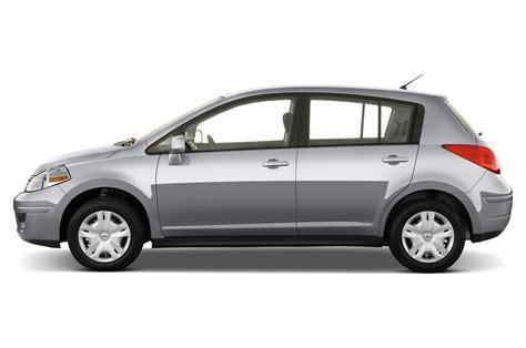 compact nissan versa 2010 nissan versa sedan 1 6 nissan compact sedan review
