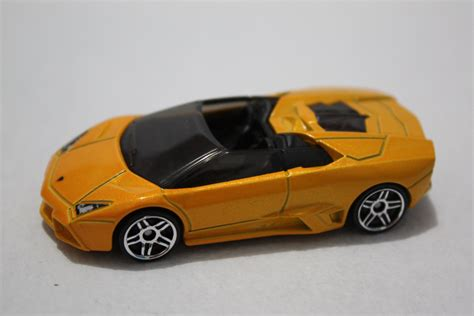 lamborghini reventon roadster wikipedia image lamborghini reventon roadster jpg hot wheels wiki