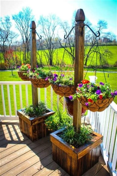 outdoor planter ideas 25 best diy planters ideas on pinterest