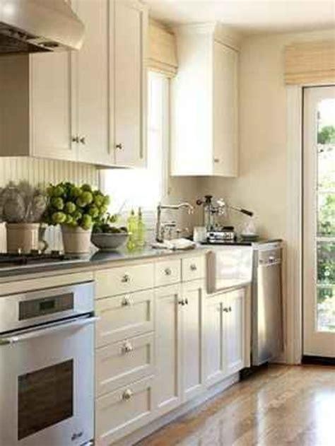 kitchen cabinets for small galley kitchen 39 best kitchen ideas images on pinterest kitchens