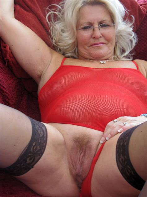 granny cute xxx pics and mature sex   randy old woman bare