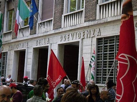sede inps modena tfr bloccati cento lavoratori presidiano la sede inps