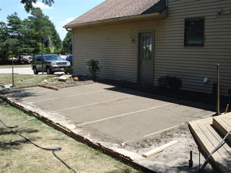 leveling sand for flagstone patio