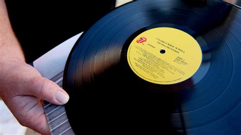 Which Is Better Cd Or Vinyl - vinyl s great but it s not better than cd hi res audio