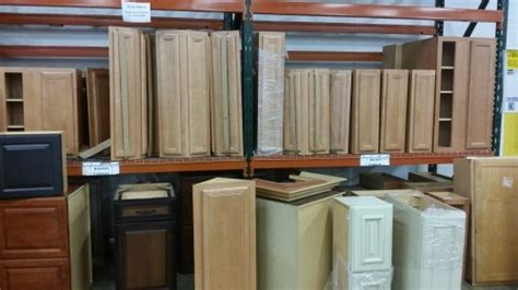 sell used kitchen cabinets large selection of kitchen cabinets diggerslist