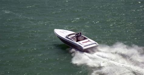 donzi pontoon boat research 2011 donzi marine 27 zr on iboats