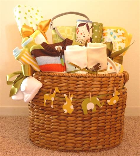 Gifts To Give For Baby Shower by How To Make A Baby Shower Gift Basket