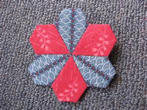 Paper Piecing Patchwork - paper piecing hexagons and more always