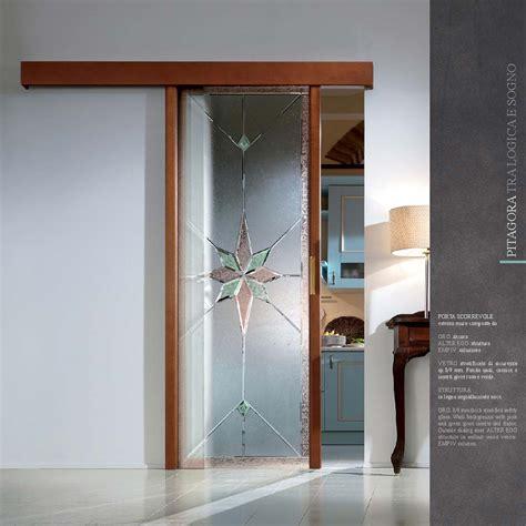 porte scorrevoli in vetro e legno porta scorrevole decoro oro legno noce mdbportas