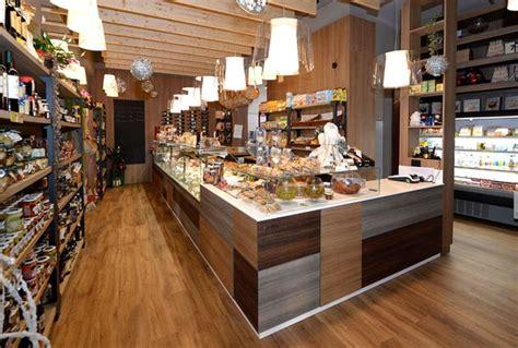 vendita alimenti la vendita di alimenti in locali adeguati italiaoggi it
