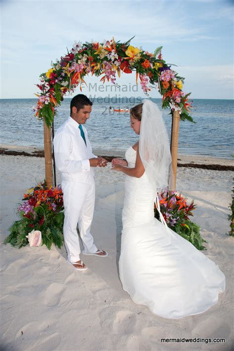 Florida Keys beach wedding   Mermaid Beach Weddings