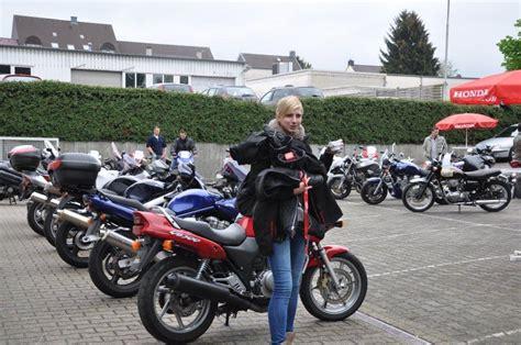 Motorrad F Hrerschein Online Test by Honda Fahren Ohne F 252 Hrerschein Motorrad Fotos Motorrad