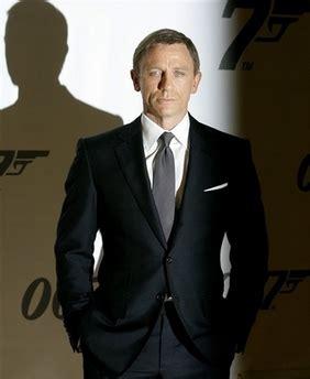 what color shirt with black suit black suit shirt tie color combos page 2 black suit