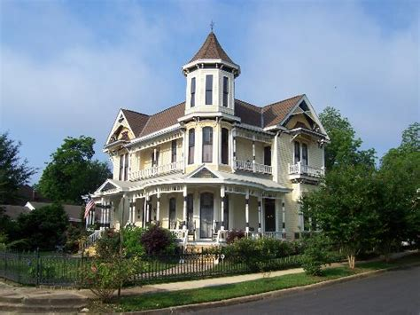 columbus bed and breakfast painted lady of columbus bed and breakfast ms b b reviews tripadvisor