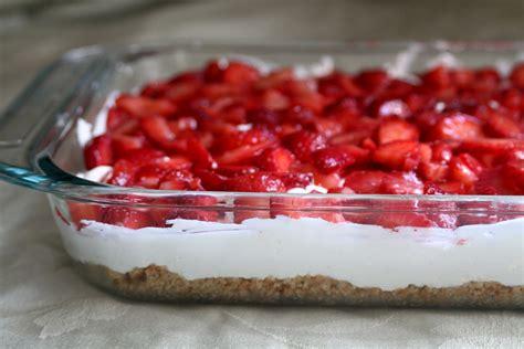 baker homemaker sensational strawberry cream dessert