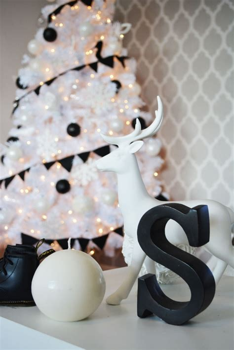 a black white christmas 187 little inspiration