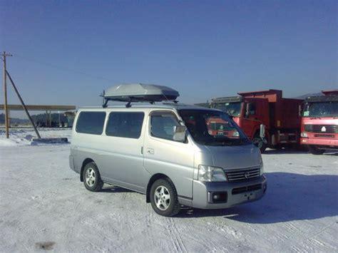 2001 nissan caravan pictures