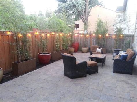 how to decorate a small backyard best 25 concrete backyard ideas on pinterest concrete