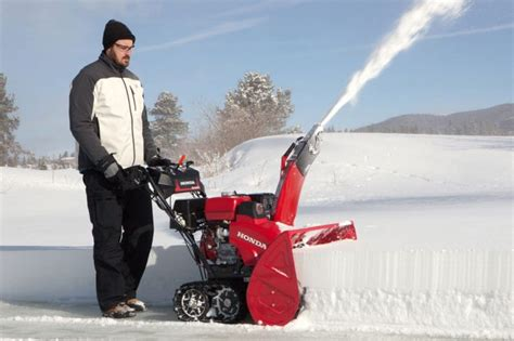best snow blower snowblower reviews new snow blowers and snow throwers