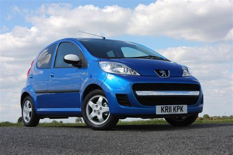 peugeot blue peugeot 107 hatchback 2005 2014 photos parkers