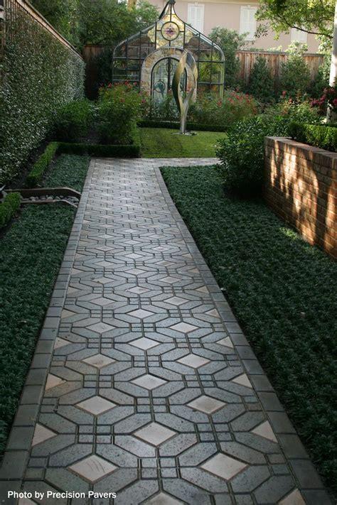 backyard walkways 1000 ideas about walkways on pinterest flagstone