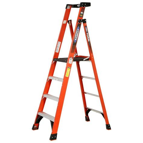 werner 10 reach fiberglass podium ladder with 300 lb