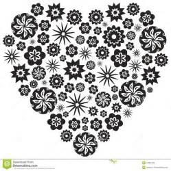 coeur fait de fleurs en noir et blanc photos stock image