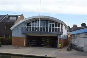 fitzwilliam college boat club fitzwilliam college boathouse 169 n chadwick cc by sa 2 0