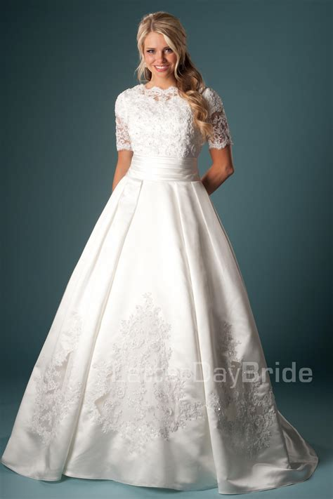 wedding dresses ta modest wedding dresses brunetta