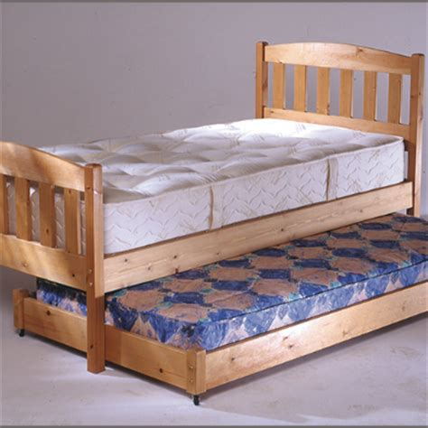 Thin Mattress For Trundle Bed by Pine Trundle Bed