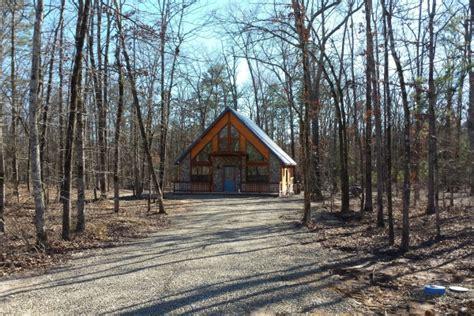 Broken Bow State Park Cabin Rentals by Cabin Description Photos Amenities Availability Calendar