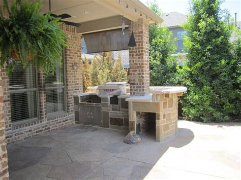 outdoor kitchen ideas for small spaces bbq build in kitchen in frisco for small spaces