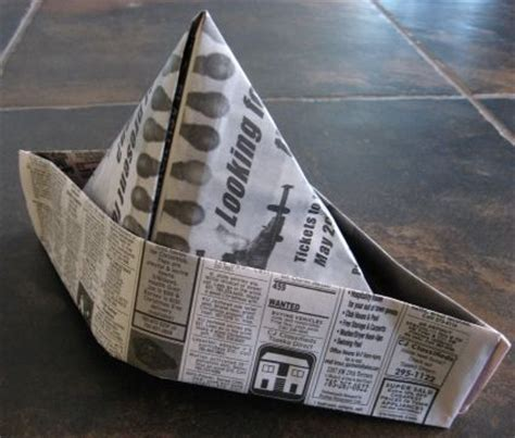 How To Make A Pirate Hat With Paper - best 25 newspaper hat ideas on paper hats