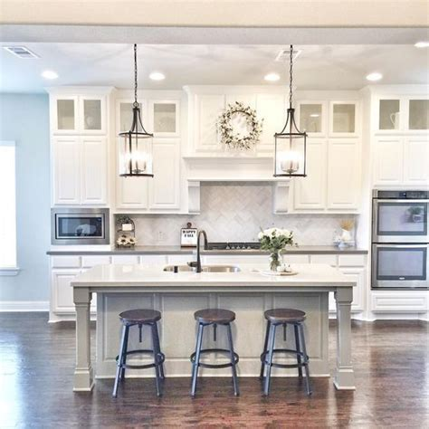 how to clean white cabinets want to know how to recreate this clean white kitchen