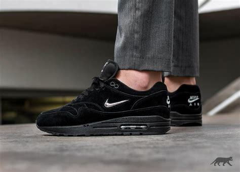Balenciaga Speed Trainer Black Sepatu Pria Sneakers Premium 1 nike air max 1 premium sc black 99kicks