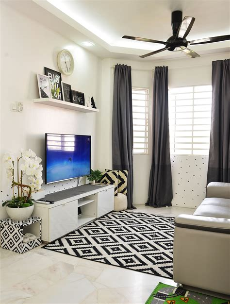 gambar dekor rumah sempit  tema warna hitamputih