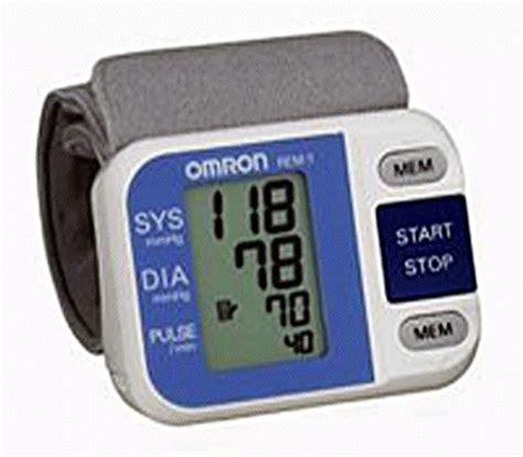 Alat Pengukur Tensi Darah Digital Jual Wrist Tensimeter Digital Omron Alat Pengukur