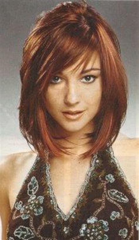 below chin length layered hairstyles sassy medium length haircuts