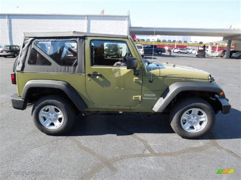 commando green jeep commando green 2013 jeep wrangler sport 4x4 exterior photo