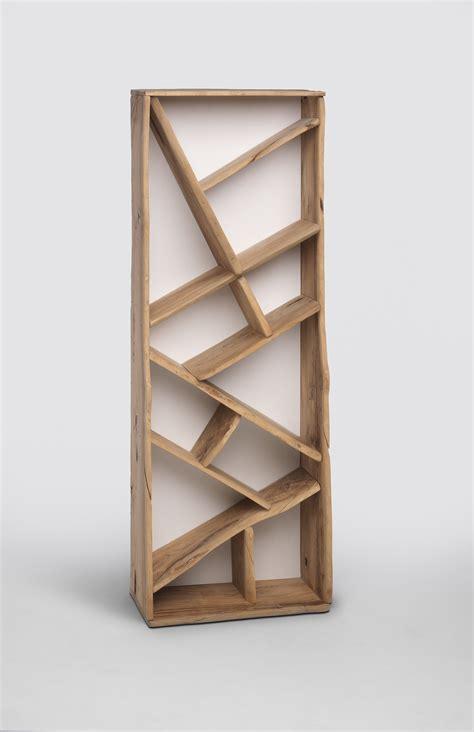 libreria legno libreria inclinata in legno di ulivo primerano