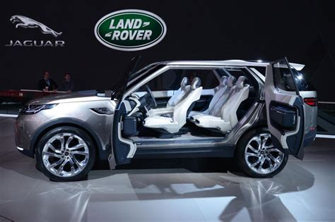 land rover sedan concept land rover discovery vision concept pictures carbuyer