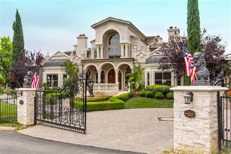 luxury homes for sale in calabasas ca calabasas luxury homes and calabasas luxury real estate