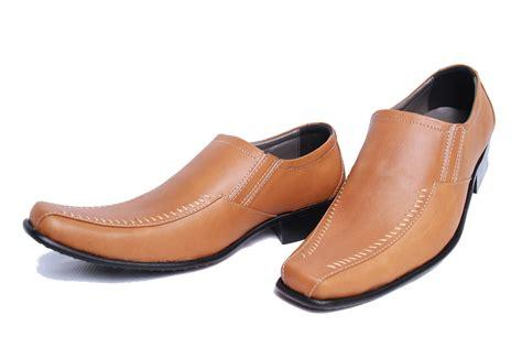 Sepatu Kulit sepatu gaul sepatu gaul kategori sepatu kulit