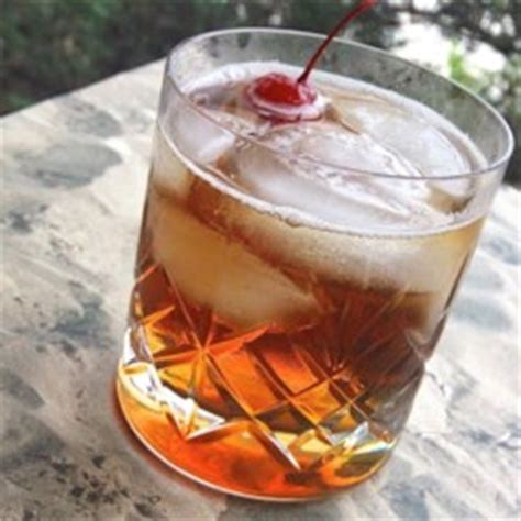 Southern Comfort Manhattan by Southern Comfort Manhattan Recipe Allrecipes